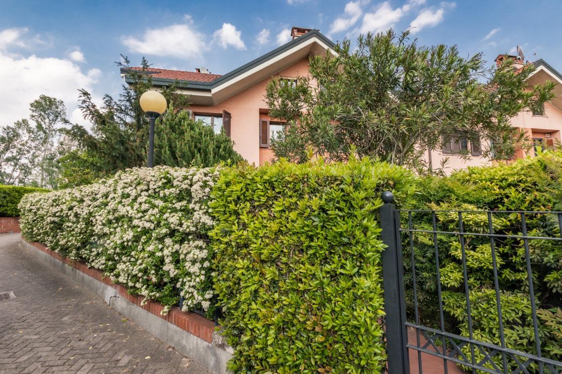 VILLA_VALLEAMBROSIA_ROZZANO_KM real estate milano fotografo_maurizio_sala_(c) 2020_5 file ridotto